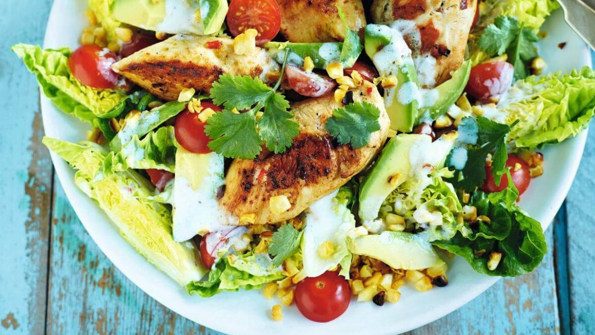 Jerk Chicken Salad with Lettuce & Tomato