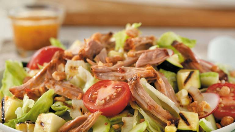 Jerk Pork Salad with Lettuce & Tomato